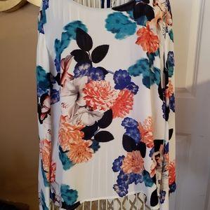 Floral blouse.